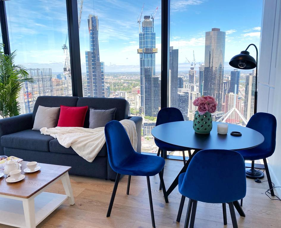 CBD Fabulous View 2BR High In The Sky On Collins - Victoria Tourism
