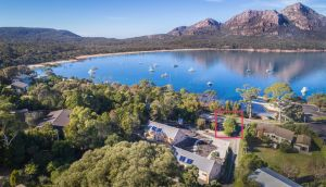 Freycinet Timber Cottage 1 - Victoria Tourism